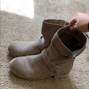Ecote taupe boots